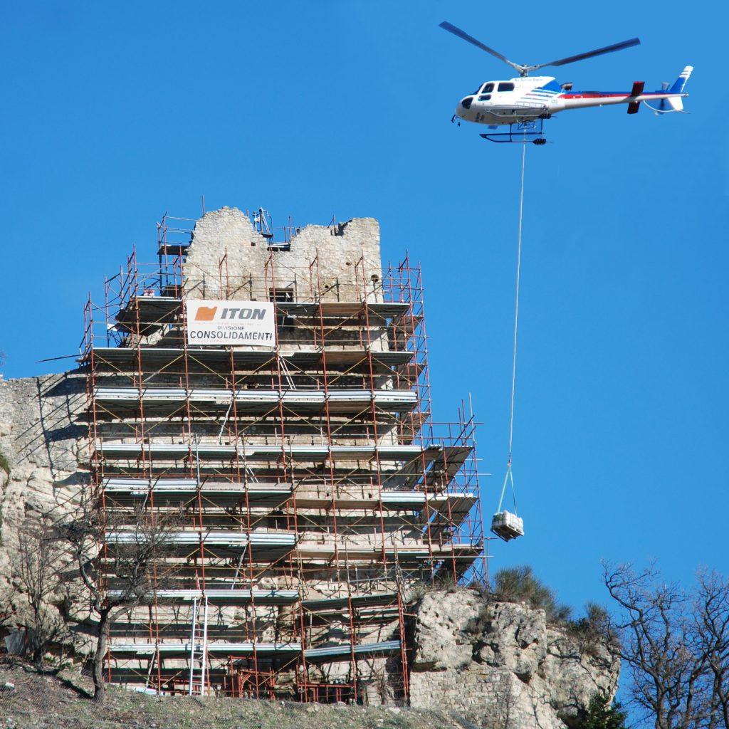 Consolidamento della rupe del Castello di Canossa (RE).