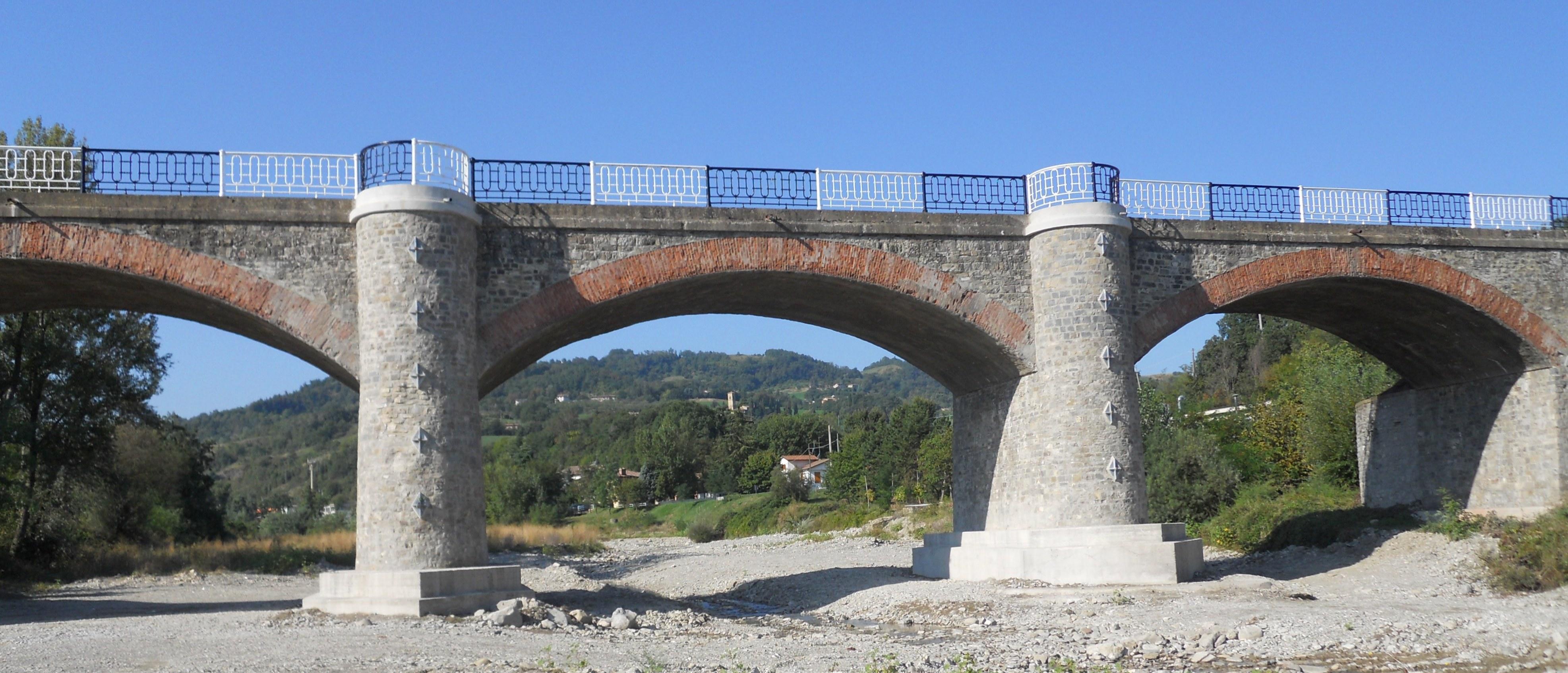 Consolidamento del ponte sul Samoggia - ITON SRL