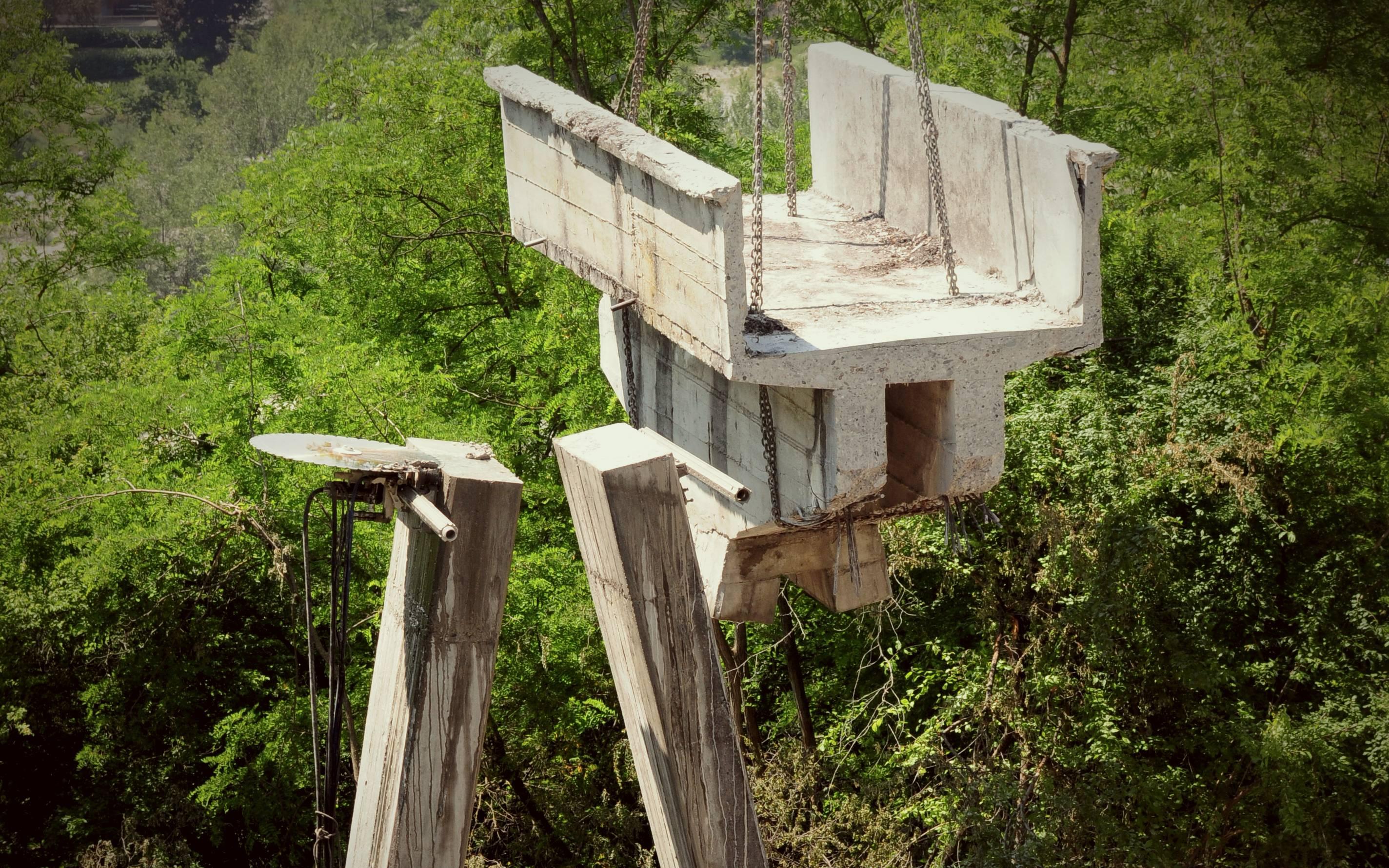 Tirante a vista per la cerchiatura di una torre in sasso - ITON SRL