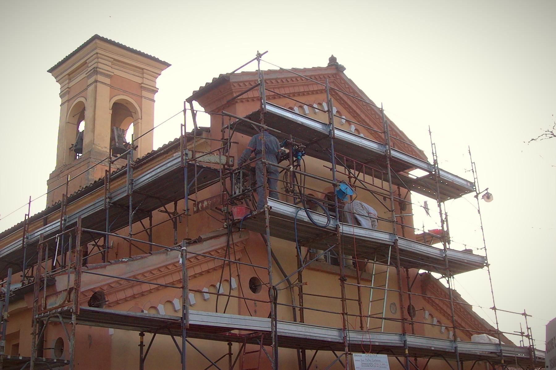 Consolidamento di un edificio di culto con tiranti in barre Diwidag inseriti in perforazioni in asse per tutta la lunghezza della muratura - ITON SRL